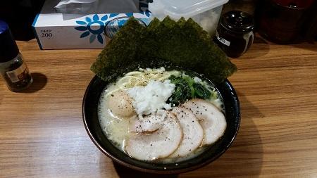 壱角家 西新宿店|ヤッホー隊長(関 武徳)のらーめんメモ