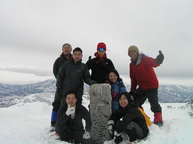 4月16日 会津駒ヶ岳 山頂