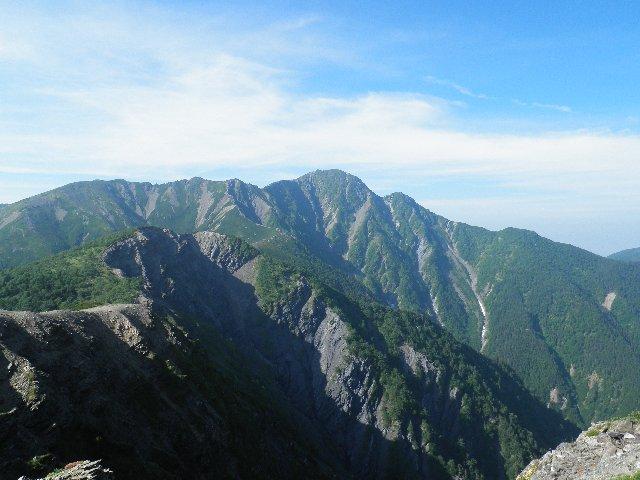 7月29日 大崩落から塩見岳を望む