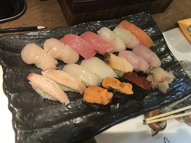 7月20日 千歳駅「ととや」さんの寿司